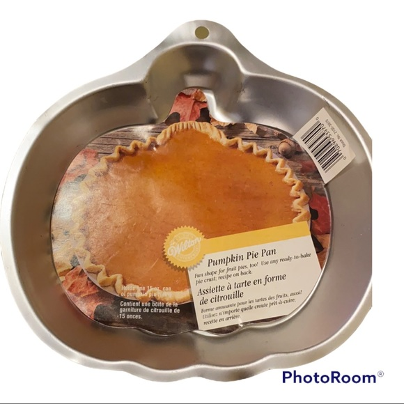 Wilton Aluminum Pumpkin Pie Pan